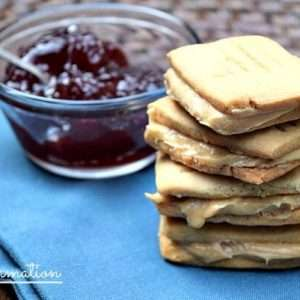Peanut Butter Sandwich Cookies - Miss Information