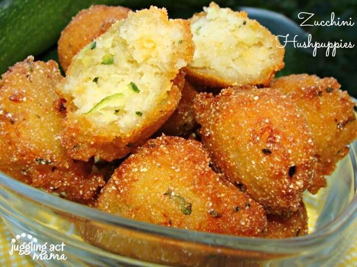Delicious kid-friendly Zucchini Hushpuppies from Juggling Act Mama #zucchini