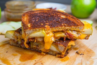 Caramel Apple Grilled Cheese Sandwich with Bacon 500 4075