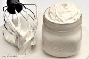Homemade Cream Cheese Frosting