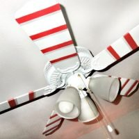 Here's how to paint a ceiling fan for an easy way to make your kids room look awesome