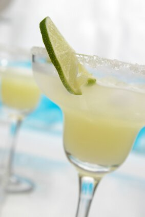 The Best Easy Frozen Margarita Recipe No Mix Needed Miss