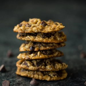 Chocolate Chip Oatmeal Cookies with Coconut Oil