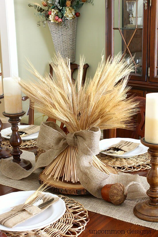 A Simple Wheat Centerpiece Great ideas for Thanksgiving table decor and decorations including some fun free printables & Thanksgiving Table Decorations and Printables | Miss Information