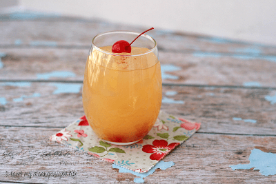 Agua Loca - This sweet & fruity drink has just 2 ingredients! It's the easiest cocktail recipe and your gonna love it!