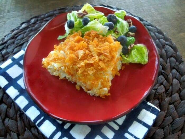 Easy Cheezy Hash Brown Casserole - a great side dish for any meal and so quick to make my kids love it!