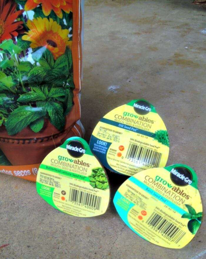 grow easy herbs and veggies using these pods, I'm actually growing a garden!
