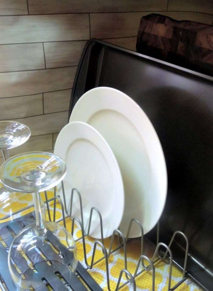 Rubbermaid Dish Rack with open sides so you can put large trays in it
