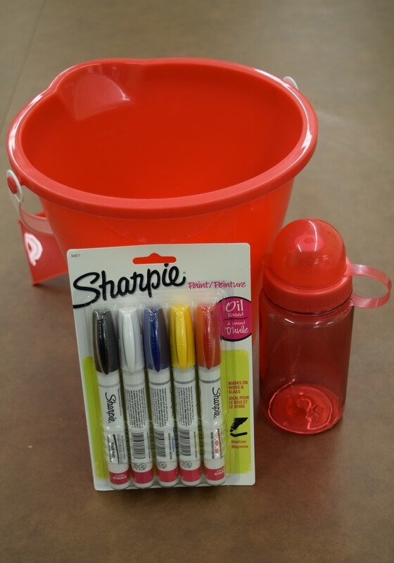 Make cute snack or favor buckets with sharpie oil based paint pens #paintyourway #Pmedia #ad