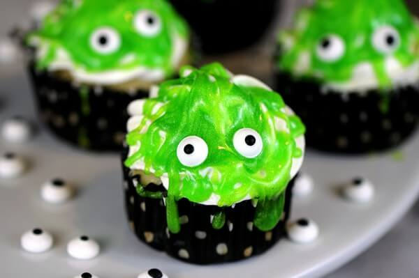 monster-cupcakes-600x399