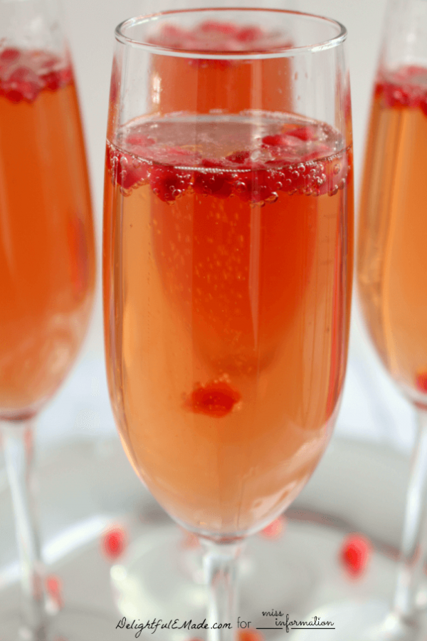 A dressed up cocktail perfect for brunch, cocktail hour or a holiday party! Special enough for guests, and easy enough to make for any occasion.