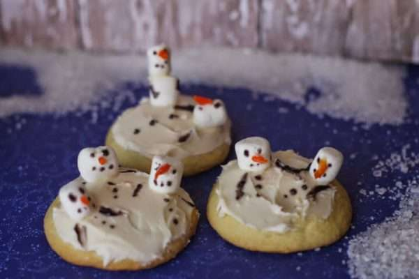 melted-snowman-sugar-cookies-horizontal