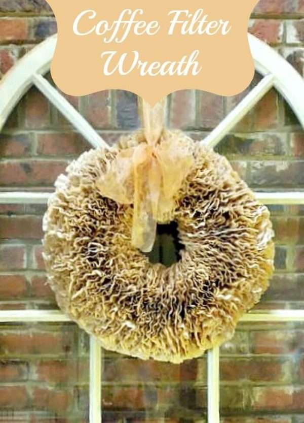This coffee filter wreath was so easy to make and a cheap craft! I love I can change the bow for any holiday so glad I pinned it!