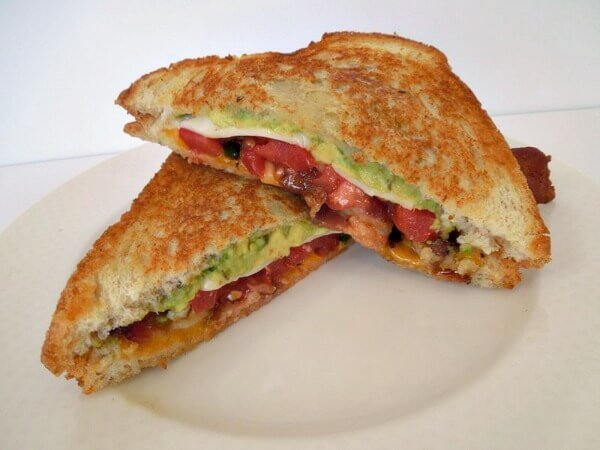 california-grilled-cheese-gourmet-bacon-2