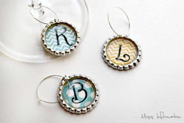 These Bottle Cap Wine Charms are so cute and easy to make to have for a family get together or as a gift for friends!