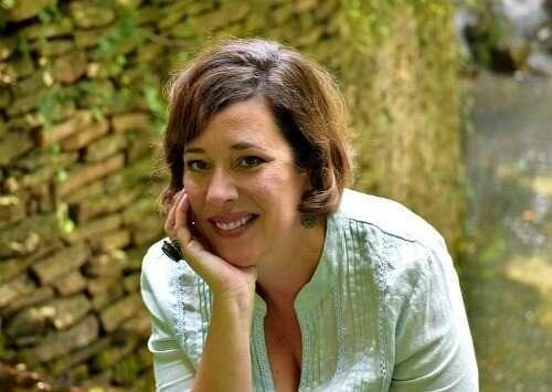 Blogger Kelley Wilson @ Miss Information