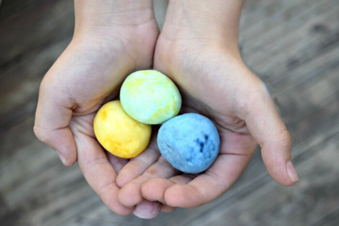 how to make bouncy balls at home it's a fun and easy kids craft