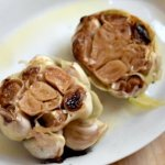 How to roast garlic the easy way to ad a milder sweeter garlic flavor to all your recipes