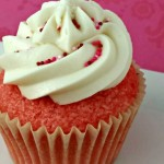 Pink Velvet cupcakes filled with cream cheese and a printable cupcake topper! So cute for kids parties pin it for Valentines!